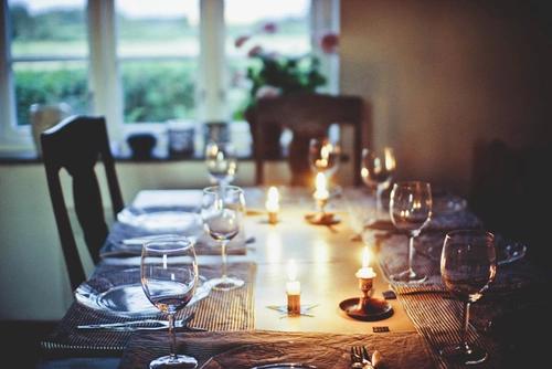 """Chapitre 8: """"Le dîner des retrouvailles"""""""