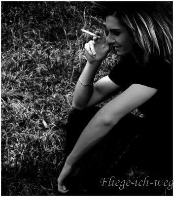 """Prologue"""" La vie se passe à désirer ce qu'on n'a pas, à regretter ce qu'on n'a plus"""".[Joseph Roux]"""
