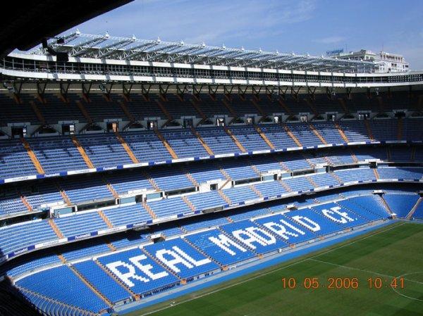2005 AMICAL REAL MADRID REIMS 6-1,la visite de Bernabeu, le 9 mai 2006