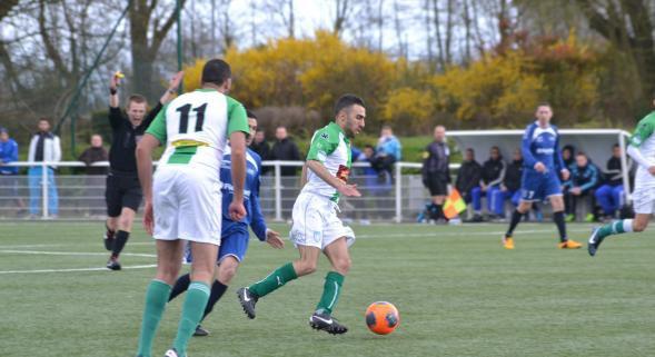 2013 CFA2 J24 REIMS B FEIGNIES , l'avant match, le 10/052014