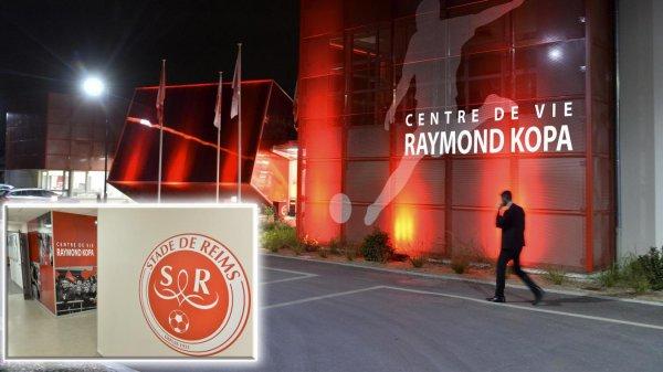 2017 Le  CENTRE de VIE rebaptisé RAYMOND KOPA, le 29/08/2017