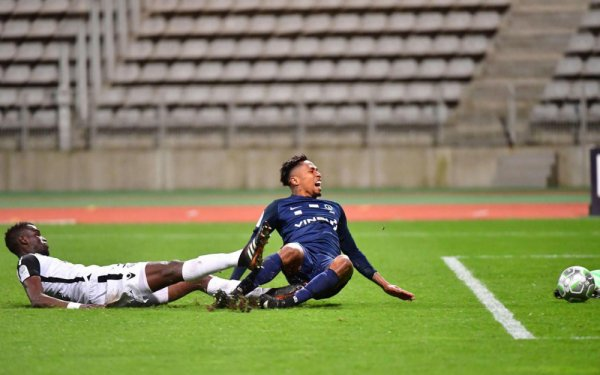 2017 Ligue 2 J31 PARIS FC GAZELEC 0-0, le 30/03/2018