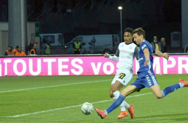 2017 Ligue 2 J32 BOURG en BRESSE TOURS 1-1, le 06/04/2018