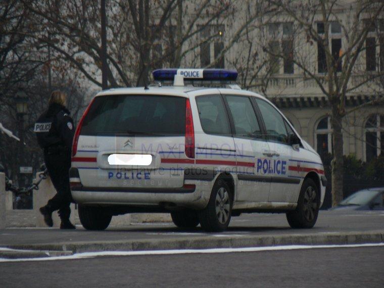 v hicule police secours police nationale paris 75 j 39 ai pas choisi d 39 tre normand j 39 ai. Black Bedroom Furniture Sets. Home Design Ideas