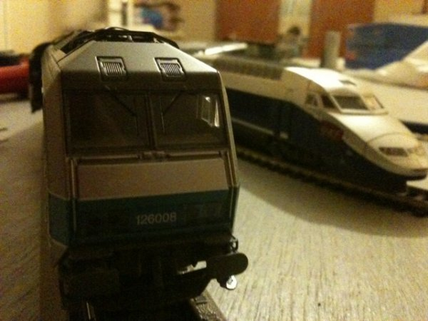BB26000 Vs TGV