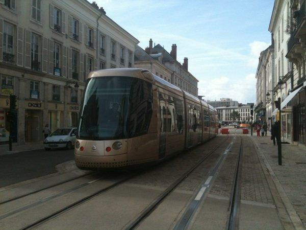 Le tram roule !!
