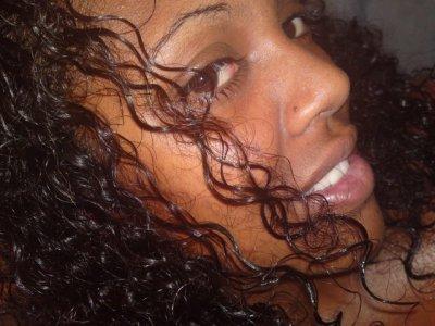 ...Je ne suis pas une reine de beauté, mais juste une réunionaise de qualité...