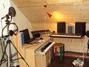 vous voici chez mon producteur celui qui me fait tous mes son et la ou j'enregistre