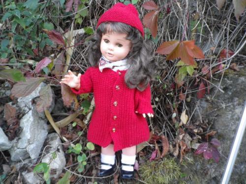 Florence et son manteau rouge