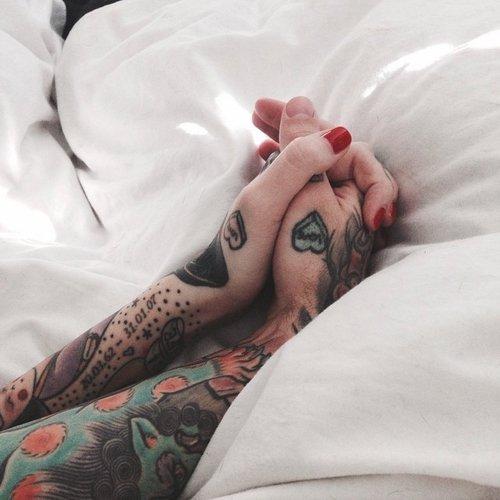 Si deux personnes sont faites pour être ensembles, elles seront forcément réunies un jour.