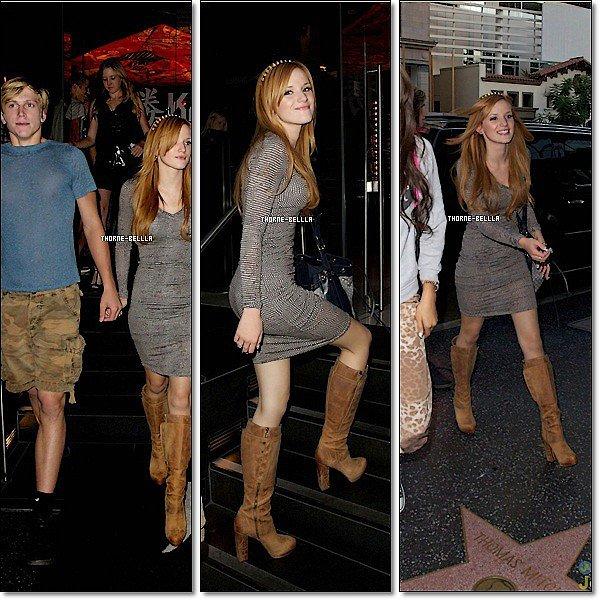 """4/10/12:  Bella était sur un tapis rouge pour célébrer """"Latinos In Hollywood"""" avec Latina Magazine a West Hollywood, California. elle était super Top pour moi et pour vousTop/Flop ?"""