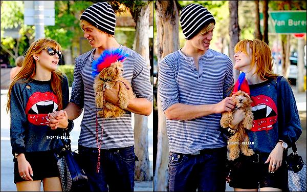 28.10.12: Bella et son petit copain Tristan ont étaient photographiés se promenant a LA Top/Flop ?