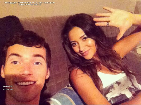 . ▬ Shay Mitchell à posté une photo d'elle et de Ian sur le tournage de la troisième saison. Elle nous dit donc qu'elle et Ian feront un Ustream lundi. .