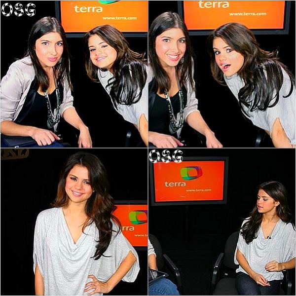 .    Selena a participé à un live chat hier pour Terra. Absolument divine. Elle a aussi assisté à un meeting de Fan récemment.   .