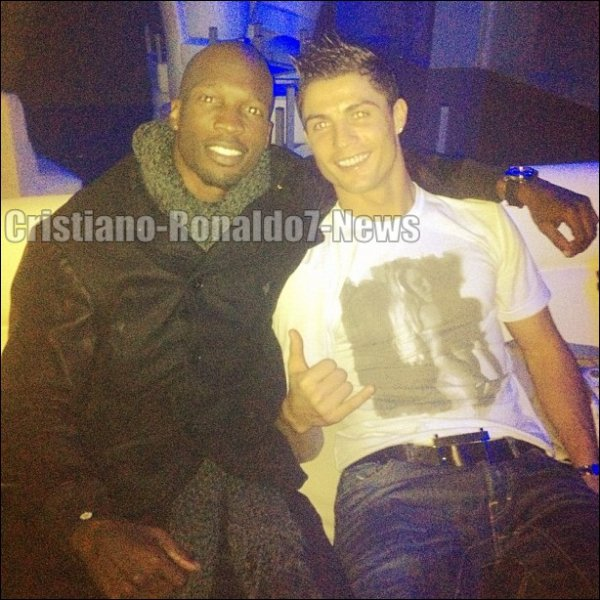 Cristiano Ronaldo & Chad Johnson (joueur de football Américain) après le match [13/02/13]