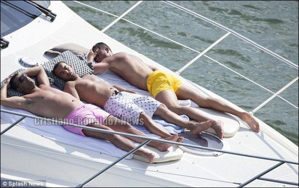 """Suite des photos de """"Cristiano Ronaldo en vacances à Miami [Etats-Unis, 13/06/13]"""""""