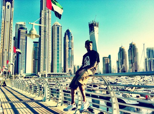 ***CONCERT A DUBAI***