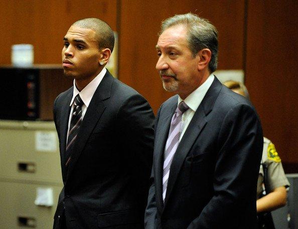 ***RUMEUR : Chris Brown en prison pour un vol de portable ?***