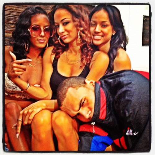 ***Chris Brown avec Karrueche & Draya***