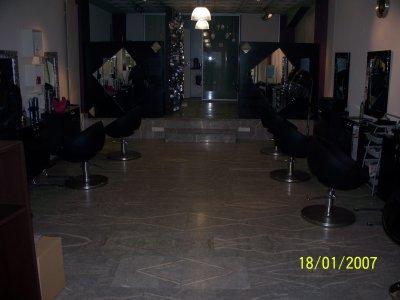 bienvenue sur mon nouveau blog Je vous présente mon nouveau salon sur  Mulhouse.J'en ai un autre a Wittelsheim