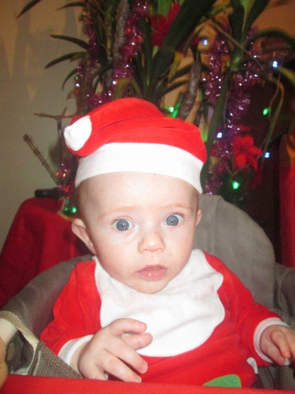 Mon fils et son petit bonnet