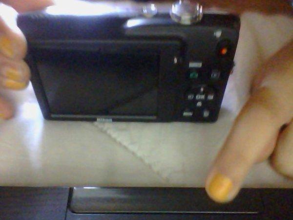 J'ai ressu mon appareille photo !!!!!!!! *Q*