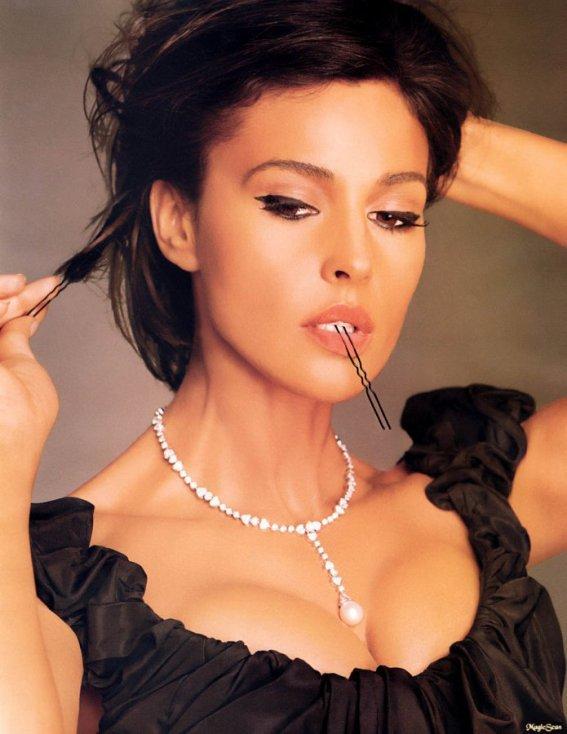 Il n'y a pas de femmes moches, que des femmes négligées. Coco Chanel