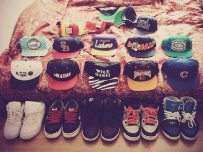 Thee CasqueTTes And Beautiful Swag <3