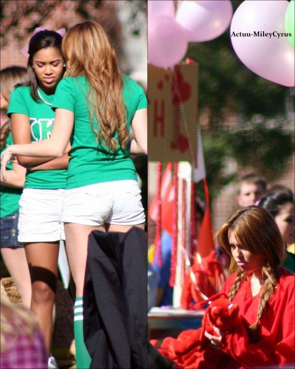 """Le 9 janvier  2011 .. ................CRISPYNEWS !. Miley sur le tournage de """"So undercover"""". . ."""