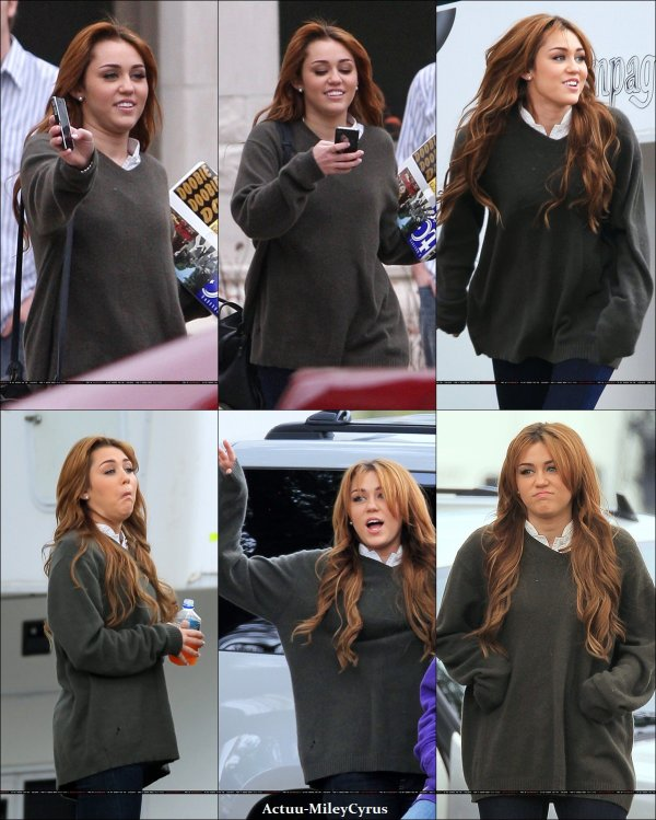 Le 17 janvier  2011 .. ................CRISPYNEWS !. Miley est encore et toujours sur le set de son film... .