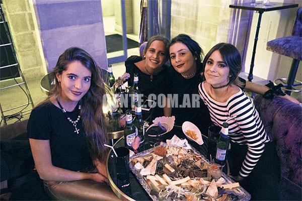 Buenos Aires + Violetta Live