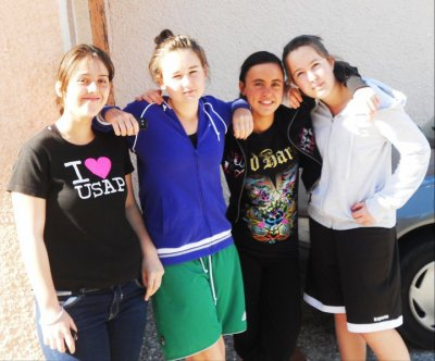 Moi , Anais , Laura & Floriane <3