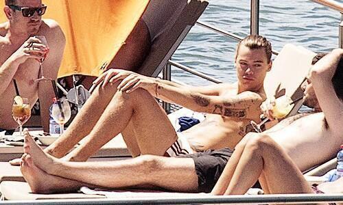 Harry Styles ...