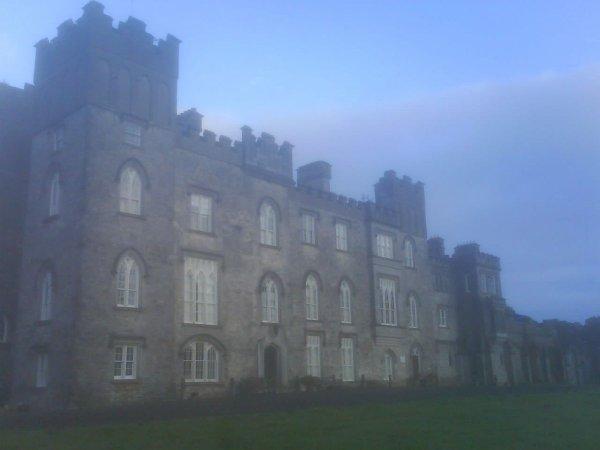 Château fantômatique.
