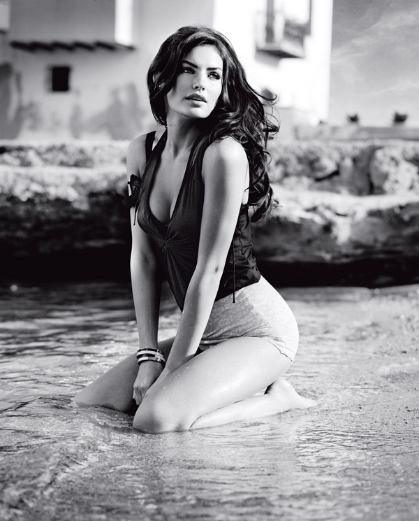 "Alyssa Miller for  ""Guess""  ( 2010 )"
