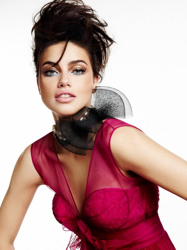 Adriana Lima for Vogue Brazil ( February 2011 )