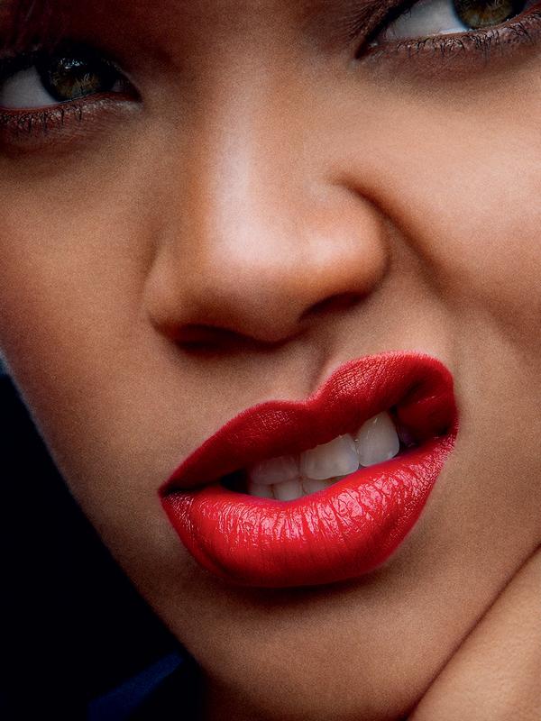 Rihanna for Vogue US ( April 2011 )