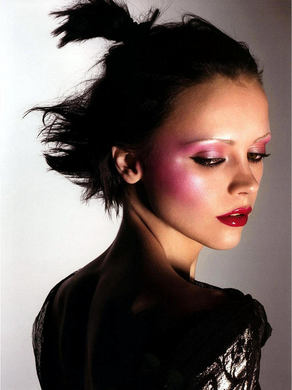 Christina Ricci for POP ( Winter 2004 )