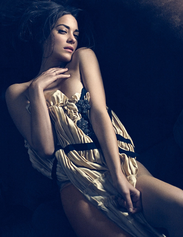 Marion Cotillard for Interview ( August 2010 )