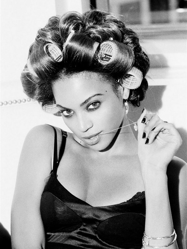 Beyonce Knowles for Giant Magazine ( January 2009 )