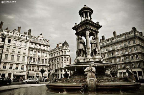 Fontaine des Jacobins - Lyon
