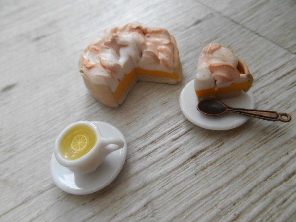 Tarte citron meringuée et thé au citron