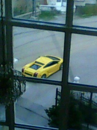 mY cAr fRom mY hOuSe<33