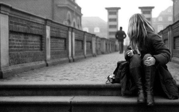 ~..Ça fait tellement du bien d'aimer les gens qu'on aime, Que ça finit par faire mal..~