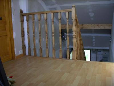 parquet flottant finition d 39 escalier ajustage des portes. Black Bedroom Furniture Sets. Home Design Ideas