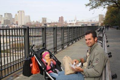 Brooklyn- pic nique face à Manhatan