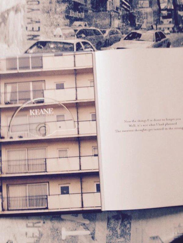 """coffret """" strangeland """"  deluxe  livre cd  dvd  ♫♫♫♫"""