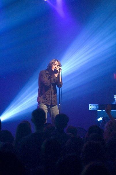 tom en concert ♫♫♫