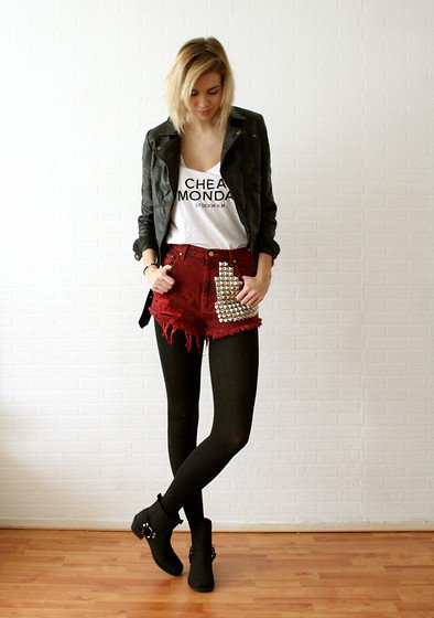 La Mode La Mode La Mode ...