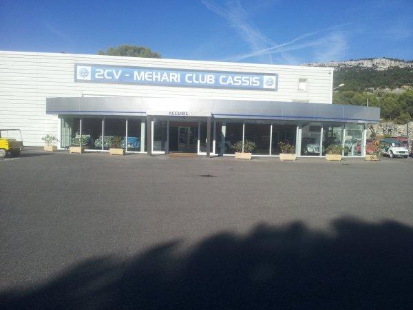Au 2Cv Méhari Club de Cassis (13)